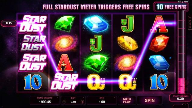 Призовая комбинация символов в игровом автомате Stardust